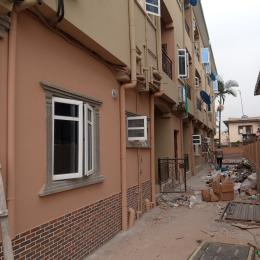3 bedroom Studio Apartment Flat / Apartment for rent Enoma street Ago palace Okota Lagos