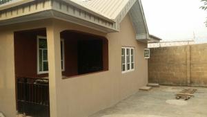 3 bedroom Flat / Apartment for rent A Three Akobo Ibadan Oyo
