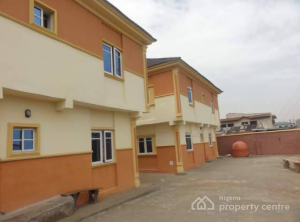 3 bedroom Flat / Apartment for rent Mafoluku Oshodi Mafoluku Oshodi Lagos