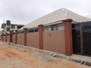 3 bedroom Semi Detached Bungalow for rent Alakia /adegbayi/nnpc Alakia Ibadan Oyo