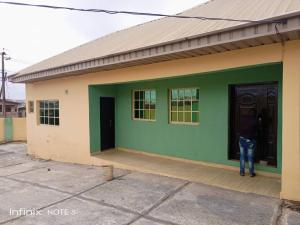3 bedroom Detached Bungalow House for rent Close To Iwo Road, Gate, Axis Alakia Ibadan Oyo