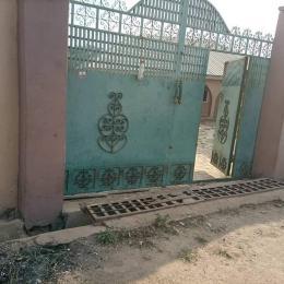 4 bedroom Detached Bungalow House for sale Atakapa off unity estate olugunere ibadan Eleyele Ibadan Oyo