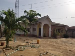 4 bedroom Detached Bungalow House for sale very close to major road at ologuneru ibadan Ibadan Oyo