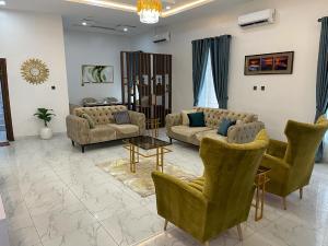 4 bedroom Semi Detached Duplex for shortlet Osapa London Osapa london Lekki Lagos