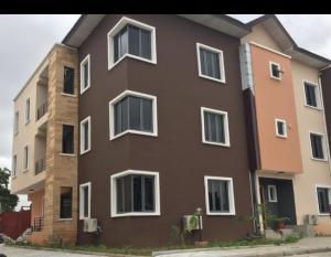 4 bedroom Flat / Apartment for rent Adekunle Yaba Lagos