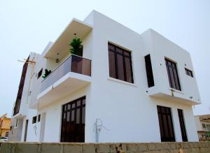 4 bedroom Semi Detached Duplex House for sale Buena Vista Estate Off Orchid Hotel Road chevron Lekki Lagos