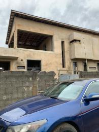 4 bedroom Semi Detached Duplex for sale Obanikoro Shomolu Lagos