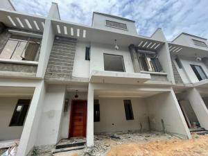 4 bedroom Terraced Duplex House for sale z Igbo-efon Lekki Lagos
