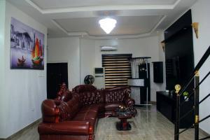 3 bedroom Semi Detached Duplex House for shortlet 11 Van Daniel's street off orchids road chevron Lekki Lagos