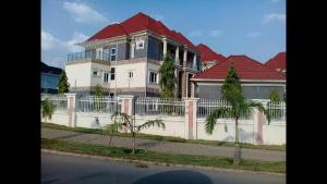 5 bedroom Massionette House for sale isa mohammed street Asokoro Abuja