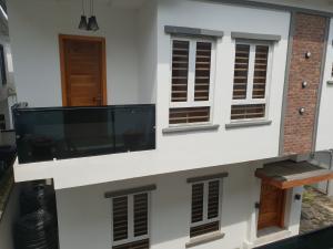 5 bedroom Detached Duplex House for sale Olayinka Obire Street. Osapa london Lekki Lagos