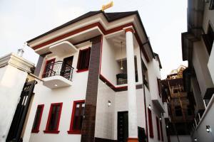 Flat / Apartment for sale GRA Magodo GRA Phase 2 Kosofe/Ikosi Lagos