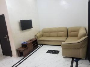 1 bedroom mini flat  Boys Quarters Flat / Apartment for shortlet Eleyele Ibadan Oyo