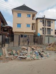 1 bedroom Self Contain for rent Pedro Shomolu Shomolu Lagos