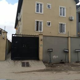Blocks of Flats House for sale Off Market Street, Shomolu, Lagos.  Shomolu Shomolu Lagos