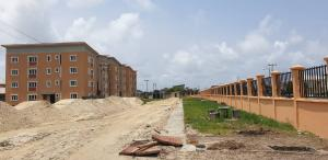 Flat / Apartment for sale Mobil Estate Road  (LagosHoms) Off Lekki-Epe Expressway Ajah Lagos
