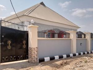 3 bedroom Blocks of Flats House for rent Iletuntun  Jericho Ibadan Oyo