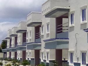 3 bedroom Semi Detached Duplex House for rent Doctor's Quarters Behind Marafa Estate Kaduna North Kaduna North Kaduna
