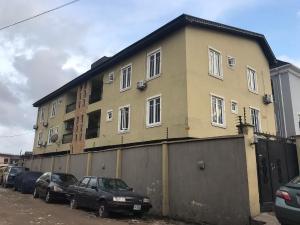 Blocks of Flats House for sale Shomolu, Lagos. Shomolu Shomolu Lagos