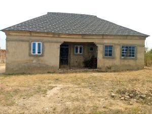 3 bedroom Detached Bungalow House for sale 4, Road 5, Isokan Estate, Kasunmu Area Akala Express Ibadan Oyo