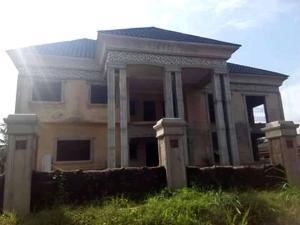 7 bedroom Detached Duplex House for sale Okhukhugbo community, Egor Local Government, after Ogida Barracks. Egor Edo