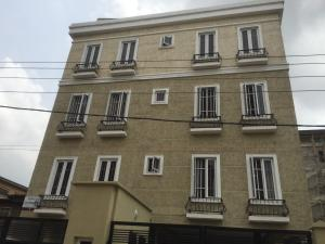 3 bedroom Flat / Apartment for rent Olonode  Alagomeji Yaba Lagos