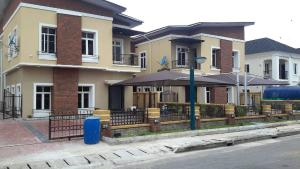 5 bedroom House for rent Cartlton Gate Estate, Chevron Drive chevron Lekki Lagos