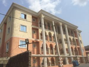 3 bedroom Flat / Apartment for rent Aderibigbe  Onike Yaba Lagos