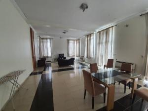 2 bedroom Flat / Apartment for rent  Off FourPoint Hotel Oniru Victoria Island Lagos. ONIRU Victoria Island Lagos