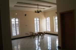 2 bedroom Flat / Apartment for rent Idimu Ejigbo Estate. Lagos Mainland Isolo Lagos