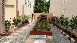 3 bedroom Flat / Apartment for rent Off Bourdillon Road Ikoyi. Bourdillon Ikoyi Lagos