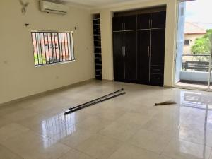 3 bedroom Flat / Apartment for rent Abacha Estate 2nd Avenue Road Ikoyi. 2nd Avenue Extension Ikoyi Lagos