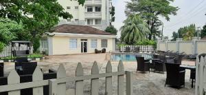 3 bedroom Flat / Apartment for rent Gerrard Road Ikoyi Lagos. Gerard road Ikoyi Lagos