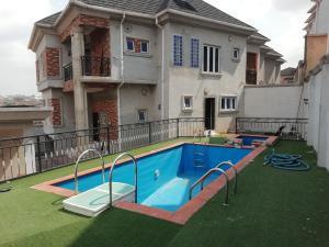 4 bedroom Detached Duplex House for sale by Bashir Shittu Magodo GRA Phase 2 Kosofe/Ikosi Lagos