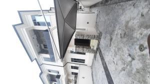 4 bedroom Detached Bungalow House for rent Chevron lekki lagos state Nigeria  chevron Lekki Lagos