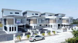 5 bedroom Detached Duplex House for sale Lekki county home  lekki lagos  chevron Lekki Lagos