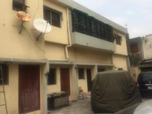 1 bedroom mini flat  Blocks of Flats House for sale Bayo Ajayi Streets. Alausa Ikeja Lagos