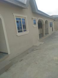 2 bedroom Detached Bungalow House for rent Osungabe area molete Ibadan.  Molete Ibadan Oyo