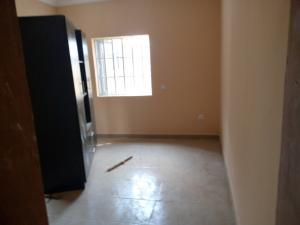 3 bedroom Blocks of Flats House for rent Pillar Area, Ayagun, Akala Express. Akala Express Ibadan Oyo