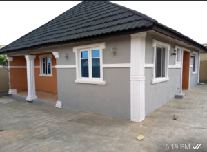 3 bedroom Detached Bungalow for sale Akingbade Old I've Road Gbagi Area Iwo Rd Ibadan Oyo