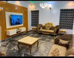 4 bedroom Detached Duplex for shortlet Oluyole Oluyole Estate Ibadan Oyo