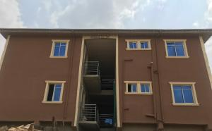 1 bedroom mini flat  Blocks of Flats House for rent accessible to waec , yabatech and ikorodu road  Jibowu Yaba Lagos