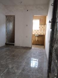 1 bedroom Self Contain for rent Onike Onike Yaba Lagos