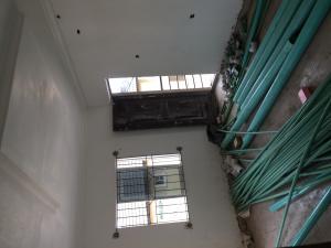 Self Contain Flat / Apartment for rent Obanikoro Shomolu Lagos