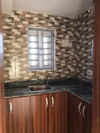 1 bedroom Self Contain for rent Pedro Obanikoro Shomolu Lagos