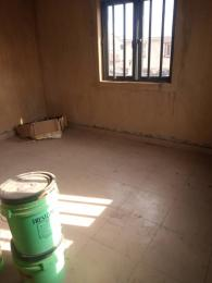 1 bedroom Self Contain for rent Oworonshoki Gbagada Lagos