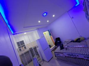 Self Contain for rent Pedro Road Obanikoro Shomolu Lagos