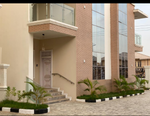 5 bedroom Terraced Duplex House for sale Close to Victoria garden estate Mabushi Abuja