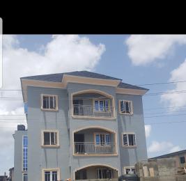 2 bedroom Shared Apartment Flat / Apartment for rent Adebayo street off adelabu street.  Adelabu Surulere Lagos