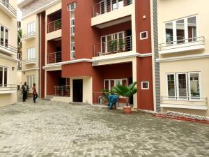 3 bedroom Flat / Apartment for shortlet Call me  Magodo GRA Phase 2 Kosofe/Ikosi Lagos